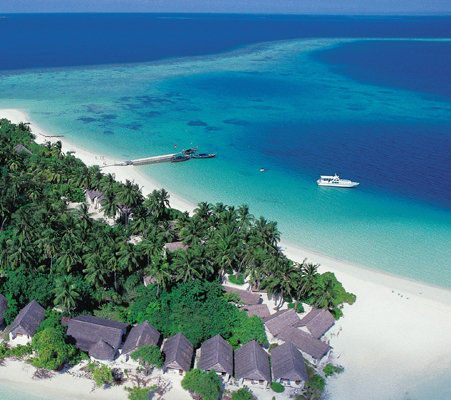 Jet Off To The Maldives For The Most Idyllic Valentine S