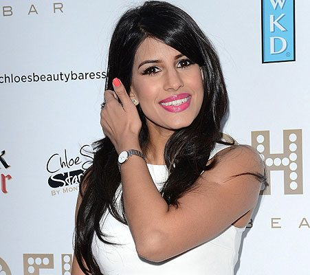 Exclusive  Jasmin Walia Makes Shocking Body Confession As