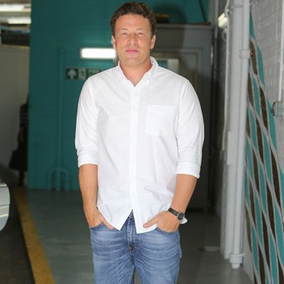jamie oliver 39 s 7 million home burgled ok magazine. Black Bedroom Furniture Sets. Home Design Ideas