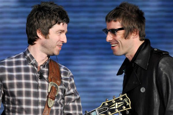 Liam Gallagher has sparked Oasis reunion rumours on Twitter
