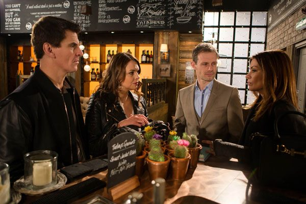Tracy Barlow and Robert Preston look set to buy the Bistro from Nick. But it doesn't go according to plan