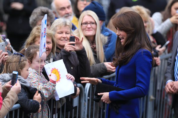 Kate greets fans outside Dundee rep