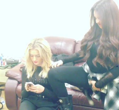 Jesy Nelson even grabbed her crotch but it still didn't get Perrie's attention