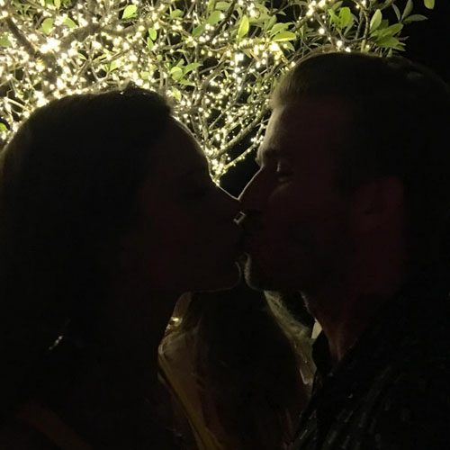Victoria and David shared a sweet New Year kiss