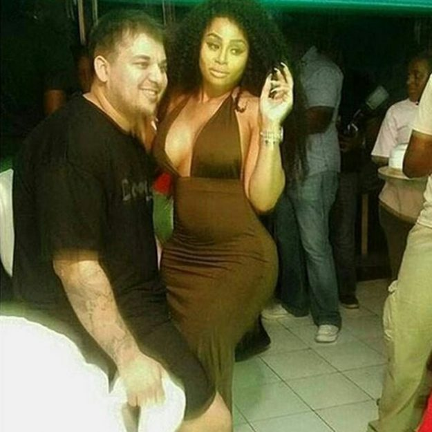 Rob Kardashian is snapped by fans with Blac Chyna in Jamaica showing off his new slimmer frame