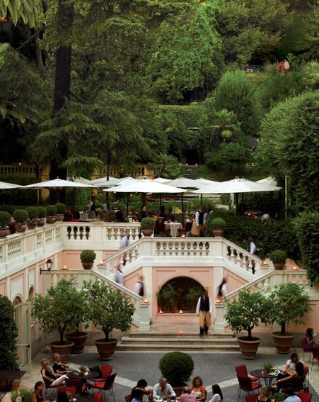 The terrace and garden of the Hotel de Russie are great for romance