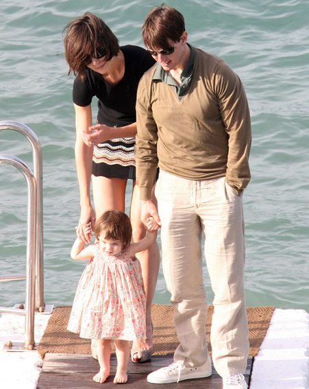 Katie and Tom with daughter Suri