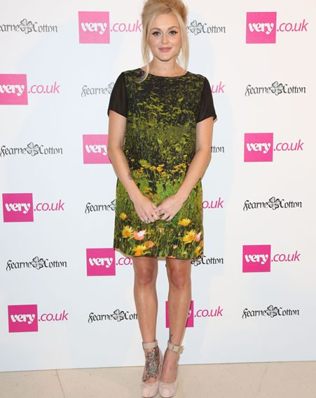 Fearne Cotton showed off her toned legs in a fab floral shift dress