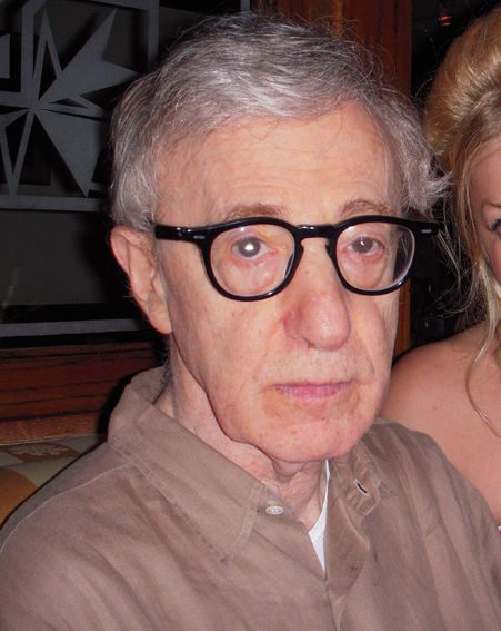 The actress was meeting director Woody Allen for lunch
