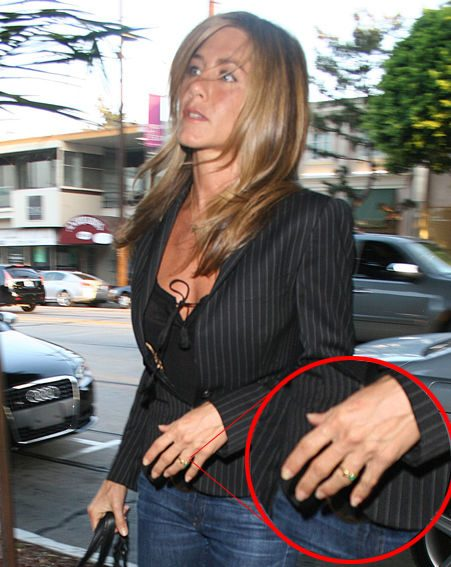 Jennifer was spotted wearing a ring on her engagement finger