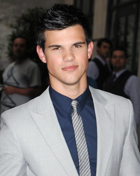 Taylor Lautner is too busy to film X Men: First Class