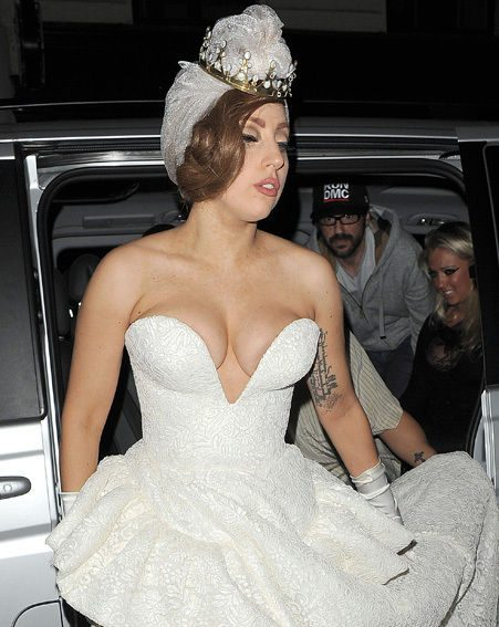 Lady Gaga avoided to wardrobe malfunction in the all-white frock as she stepped out last night