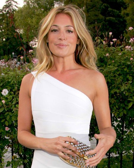 Cat Deeley knows the only safe tan is tan from a bottle