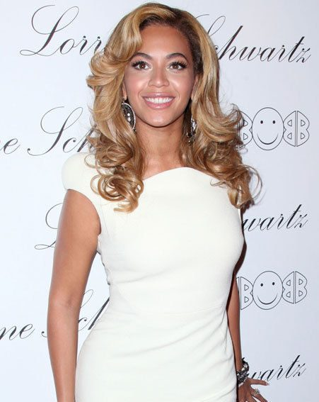 Beyonce got whisked away to the Bahamas by Jay-Z for their anniversary