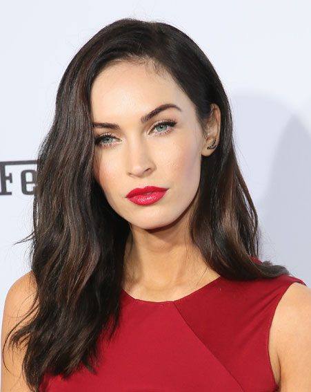 Megan Fox gets her skin burned off using acid