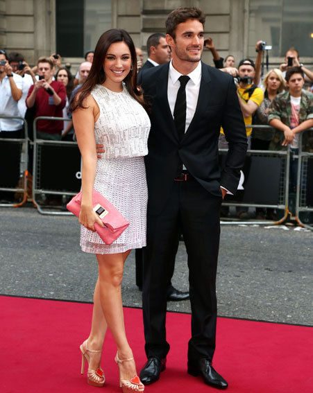 Kelly Brook looked stunning as she arrived at last night's GQ Awards with beau Thom Evans
