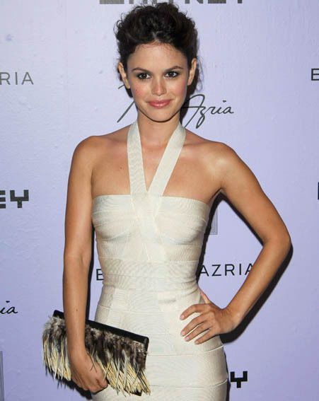 OC star Rachel Bilson makes chic look effortless