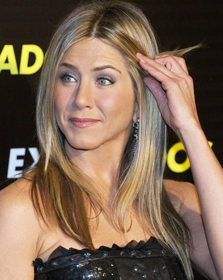 Jennifer Aniston has been dating Christopher Gartin