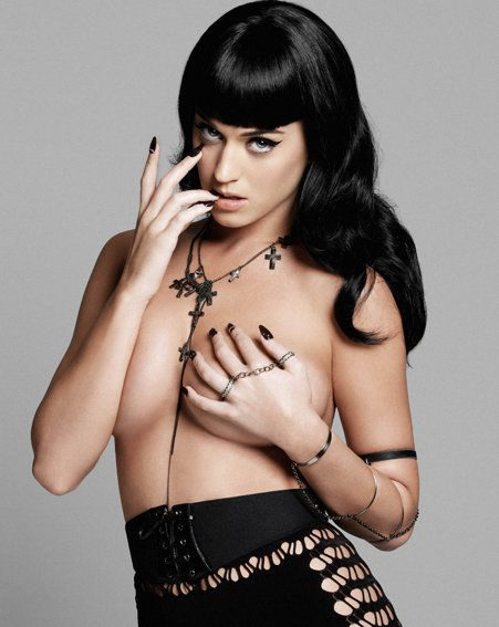 Katy Perry vamps it up in this topless photo shoot/Yu Tsai courtesy of Esquire