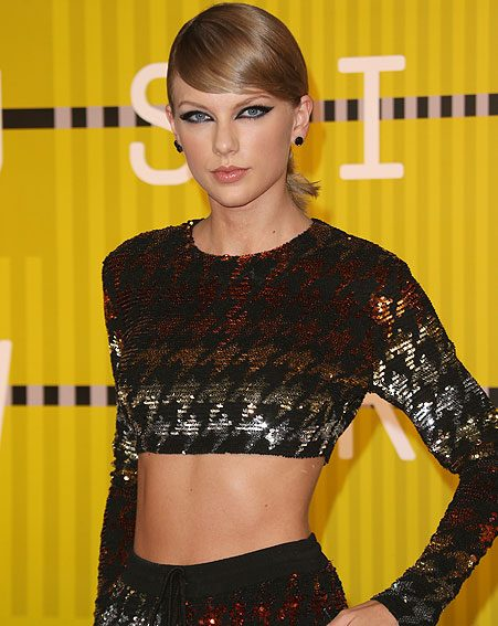 Taylor Swift and her fancy red carpet is all we can think about