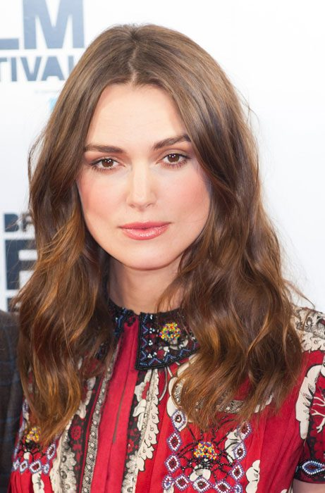 Kiera Knightley showed off her gorgeous wavy hair style