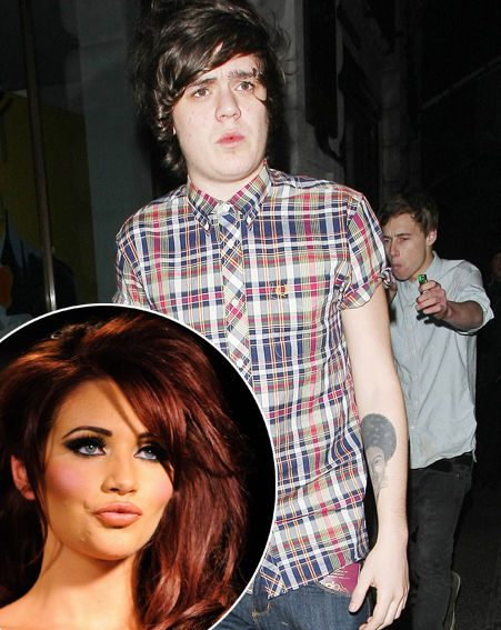 Frankie Cocozza has revealed his dream woman is none other than Amy Childs