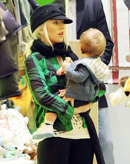 Christina held a birthday bash for her son Max and Nicole's daughter Harlow / Pics: wenn.com