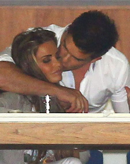 Katie Price and Leandro Penna certainly looked like a couple at the polo last night