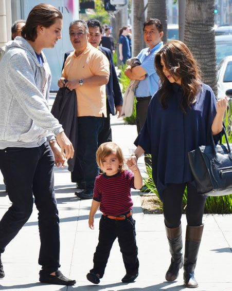 Kourtney enjoyed a family lunch with her boyfriend Scott and their son Mason