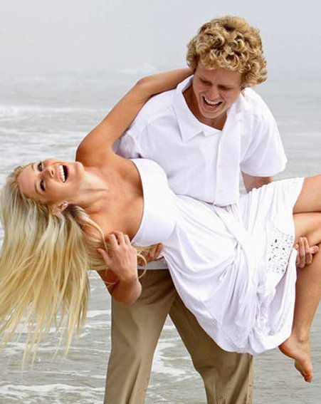 Heidi Montag and Spencer Pratt have enjoyed another VERY public show of romance
