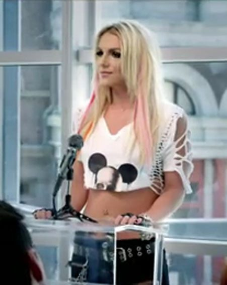 Britney Spears is clearly sending the world's media a message in the I Wanna Go video