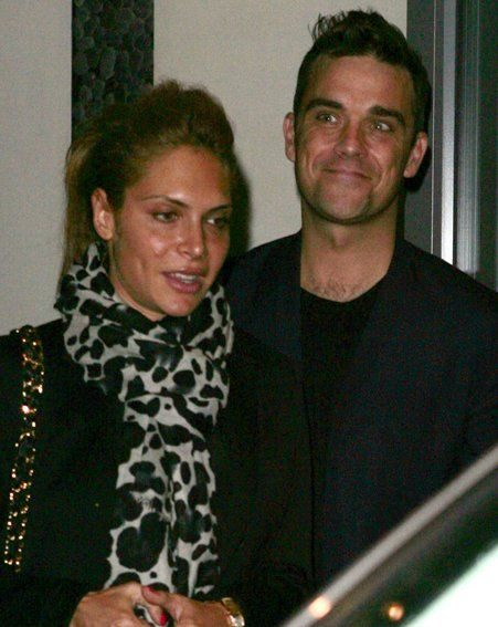 Robbie Williams jokingly proposed to girlfriend Ayda Field live on Australian radio