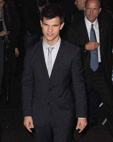Taylor Lautner has refused to comment on whether he is straight or gay