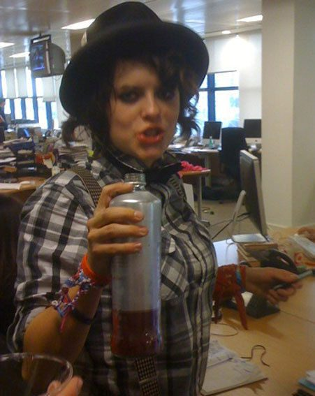Shabby took over our Twitter page and tasted the new Smirnoff Cosmopolitan we'd been sent!
