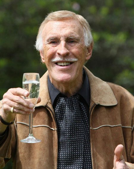Bruce Forsyth has received a knighthood