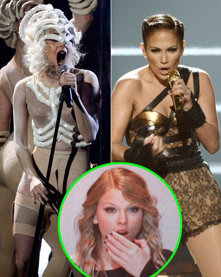 American Music Awards - Lady GaGa wore a bandaged body suit / Jennifer Lopez fell / Taylor Swift