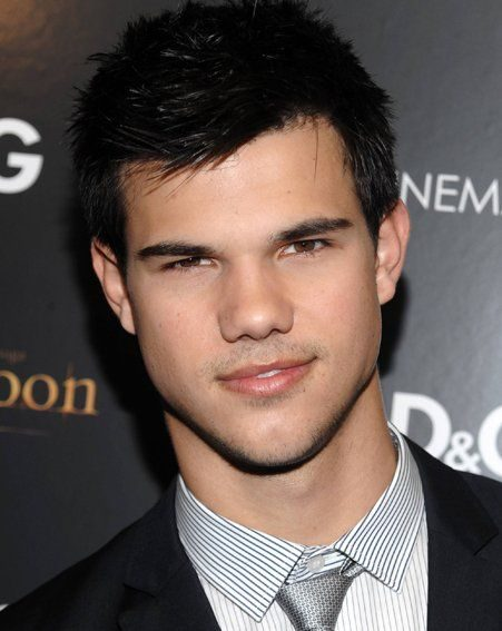Taylor Lautner was also in attendance