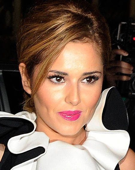 Cheryl Cole handed her phone over to a mate after a few too many shandies