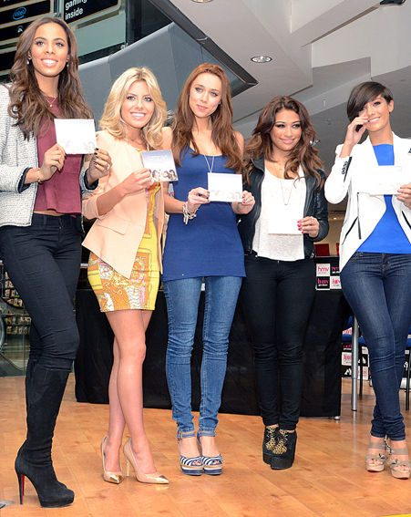 The Saturdays' Una Healy looks like she's already lost all her baby weight