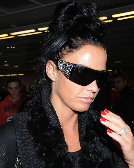 Katie Price let slip about Michelle Heaton's wedding party on Twitter