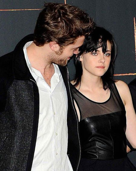rob pattinson and kristen stewart officially dating