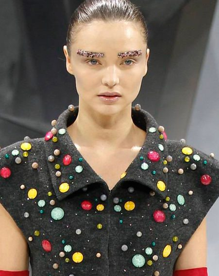 Miranda Kerr was sporting some space-age eyebrows at the Chanel show