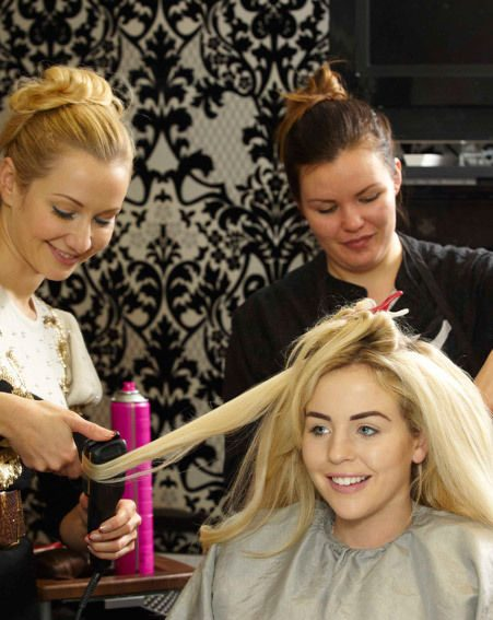 The TOWIE star during her salon trip