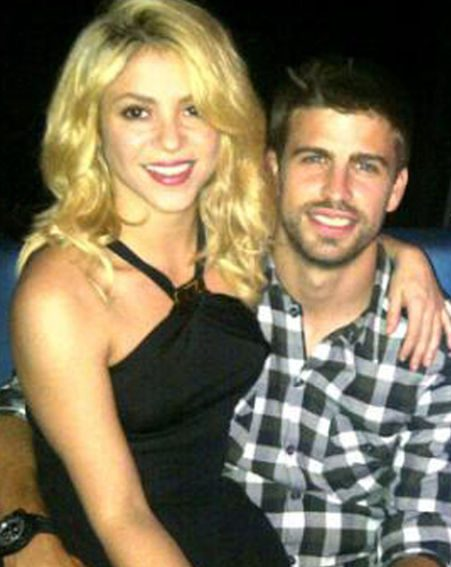 Shakira and Spanish footballer Gerard Pique are expecting their first child