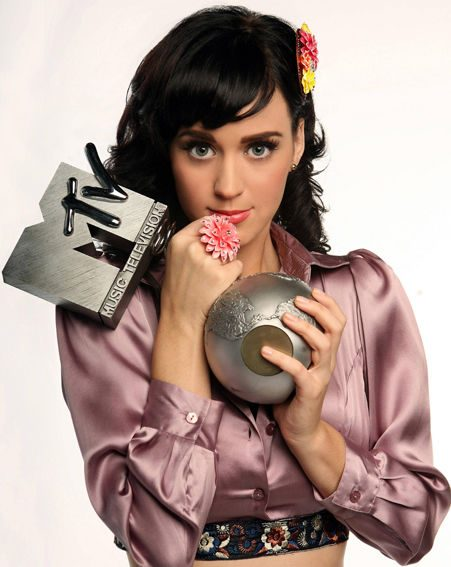 Katy will host the MTV Europe Music Awards in Liverpool