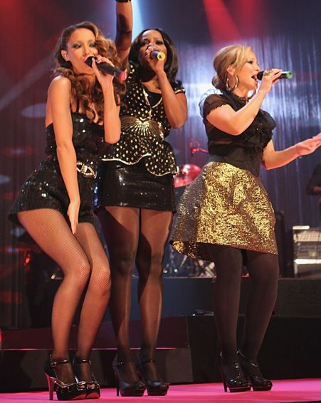 Sugababes performed their new single 'Girls'