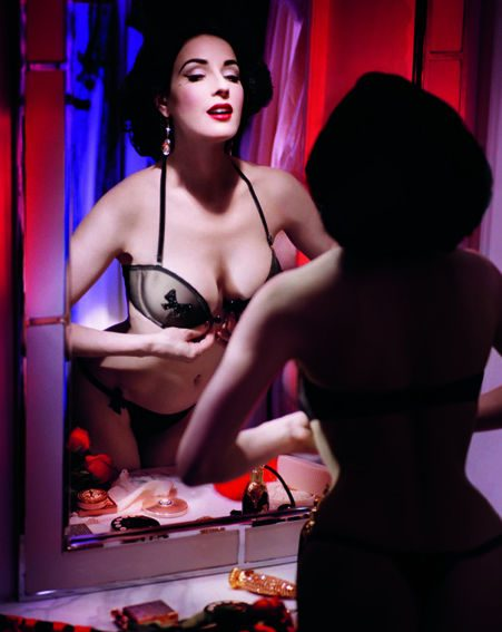 Dita shows off her fifties style in the new shots (Pics: Wonderbra)