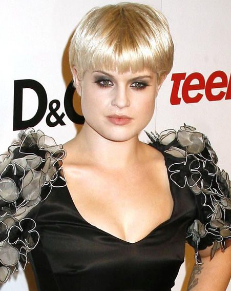 Kelly Osbourne has attracted the attention of Playboy tycoon Hugh Hefner (wenn.com)