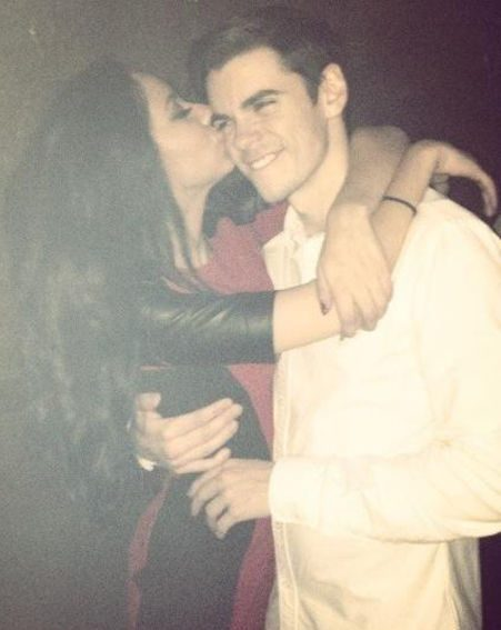 Little Mix star Jade Thirlwall tweeted a loved-up snap of her giving boyfriend Sam Craske