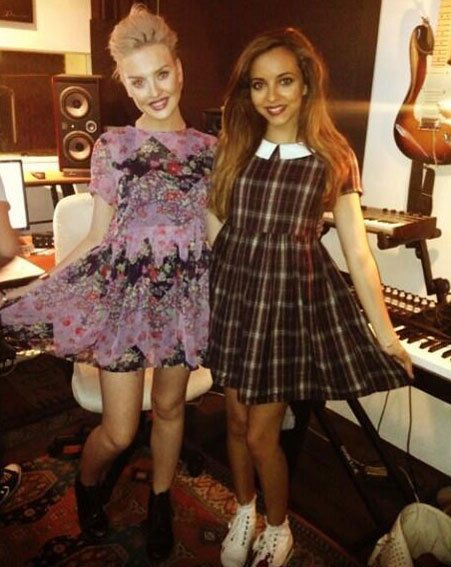 Perrie Edwards and Jade Thirlwall shared the cute snap with their Twitter fans today
